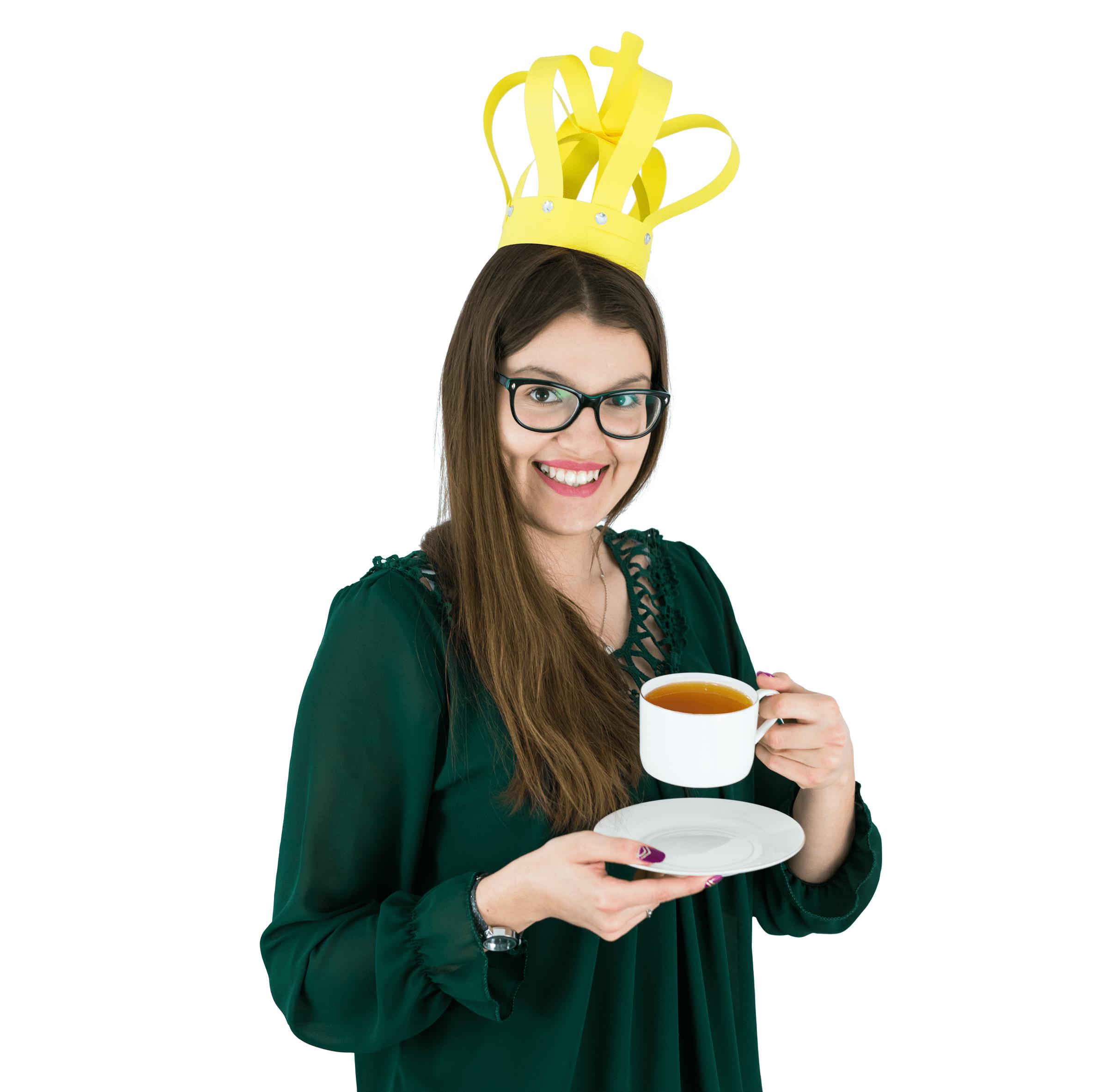 Ekonomistka uwielbiająca kuchenne eksperymenty, która bez zająknięcia opowie Wam ze szczegółami życiorys każdego członka królewskiej rodziny Windsorów.